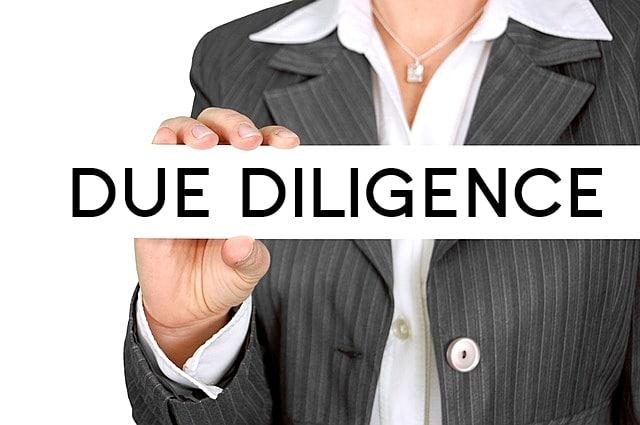 Inteligencia privada, Servicios corporativos, Detectives Online